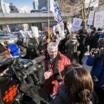 Denis Labelle, président AQOCI, en entrevue avec Radio-Canada, Crédit photo : Carrefour de solidarité internationale par Jocelyn Riendeau